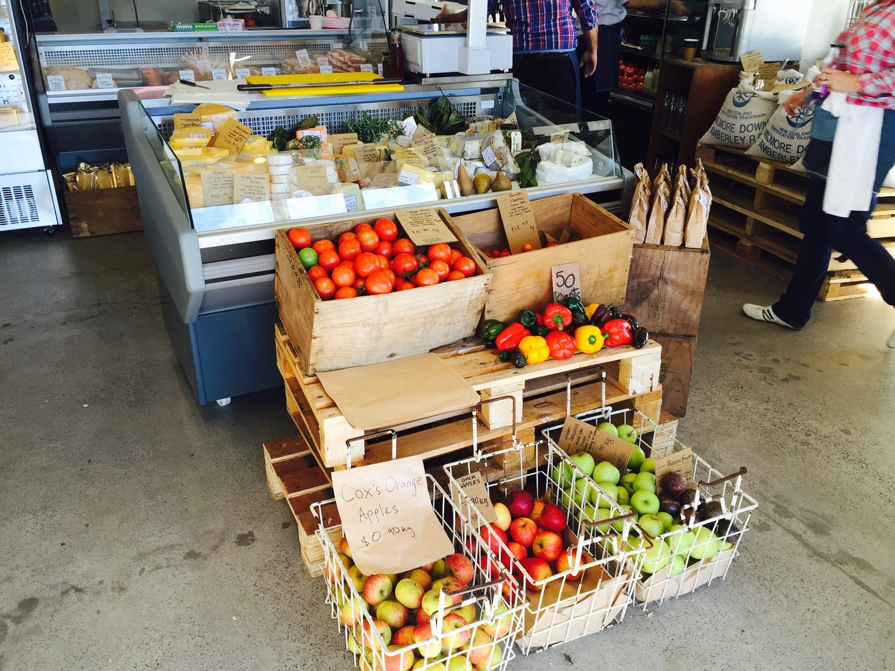 the_good_grocer_c_02