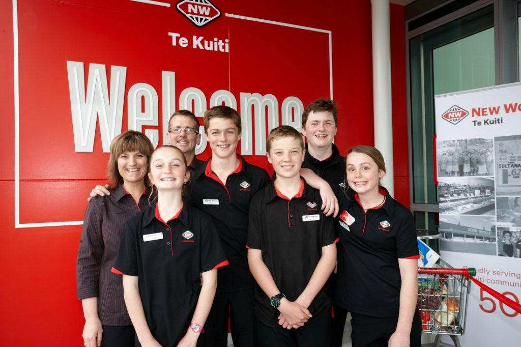 Heidi Brittenden, Mark Brittenden, Sophie Brittenden (15), Tom Brittenden (15), Jack Allen (13), Xavier Allen (14), Tiarna Allen (11)