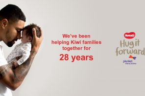 New Huggies Initiative Encourages Kiwis to Pay it Forward this August