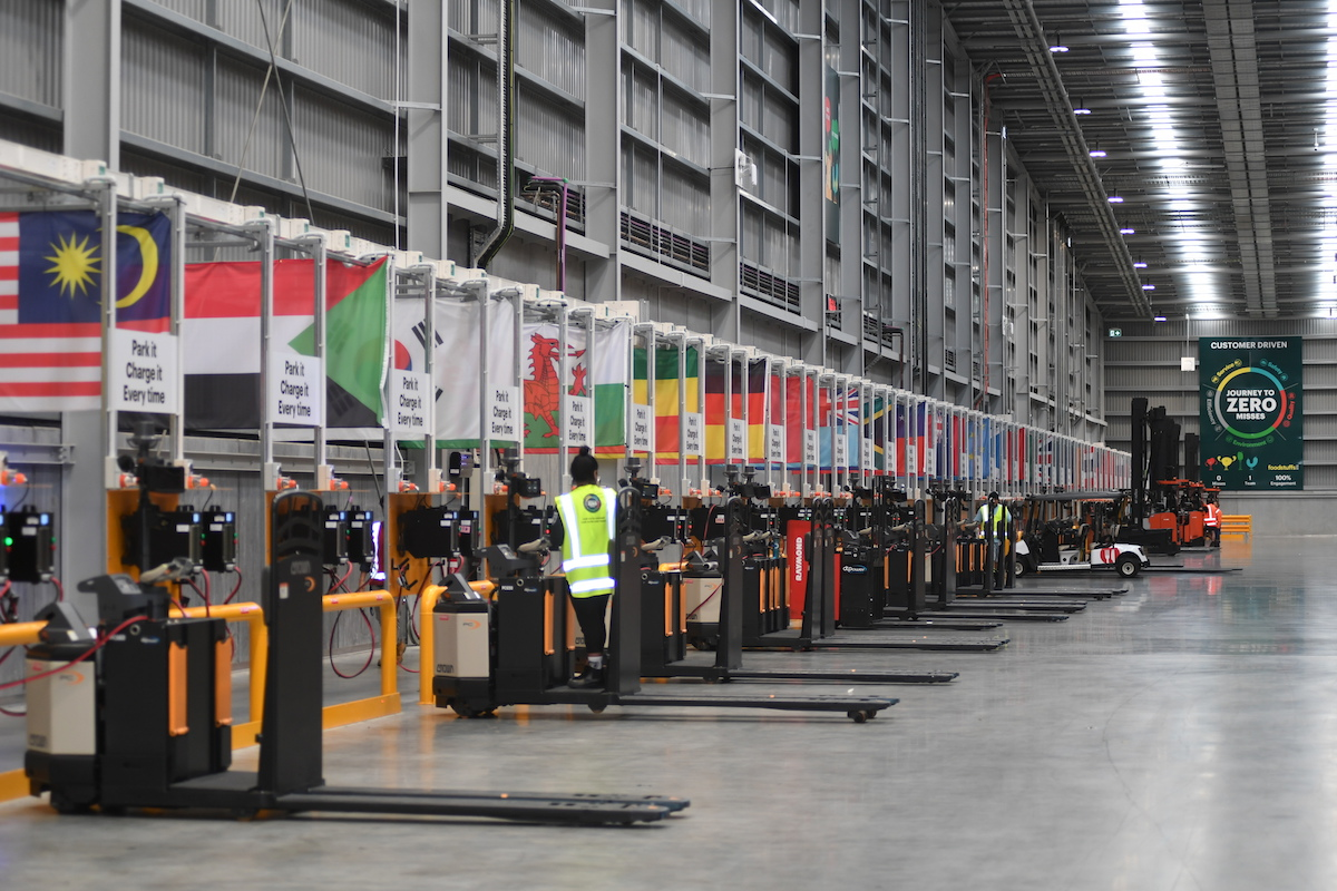 Foodstuffs Landing Drive Distribution Centre Flag Gallery Machine Charging